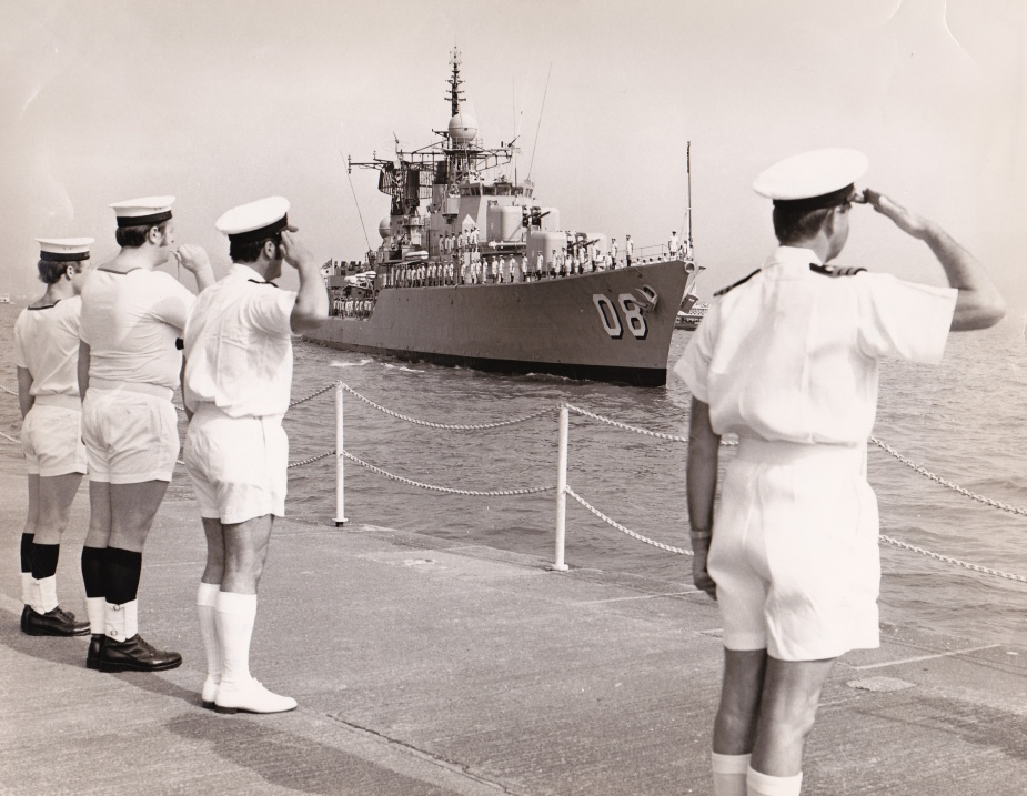 The Commander of HMS Tamar takes the salute as HMAS Vendetta arrives in Hong Kong for a 13 day visit.