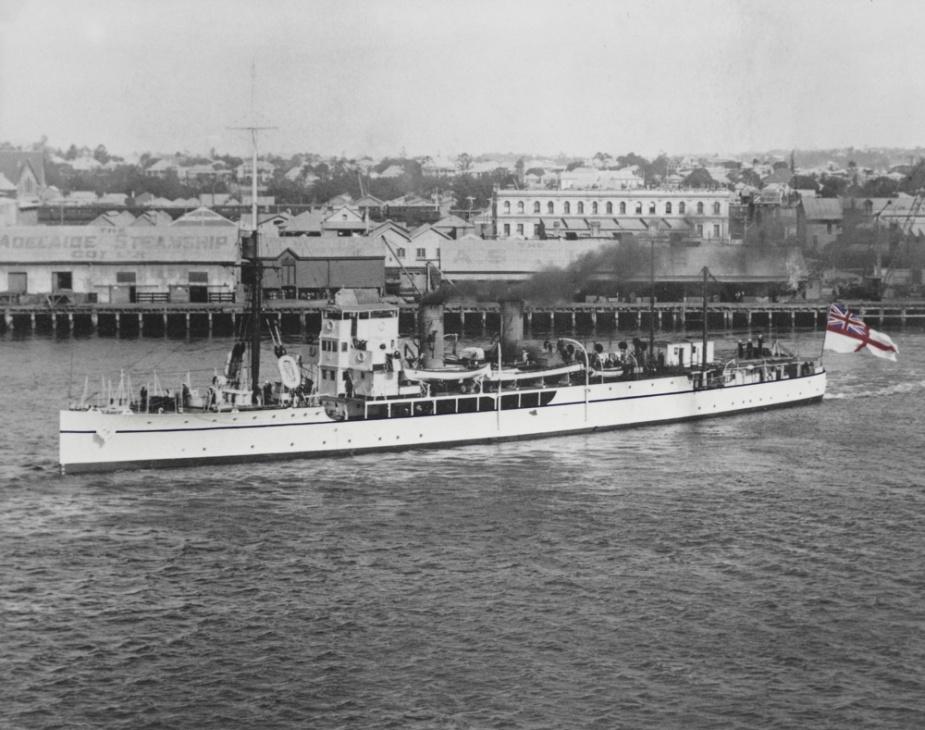 HMAS Geranium leaving Brisbane for Great Barrier Reef survey on 28 June 1924.