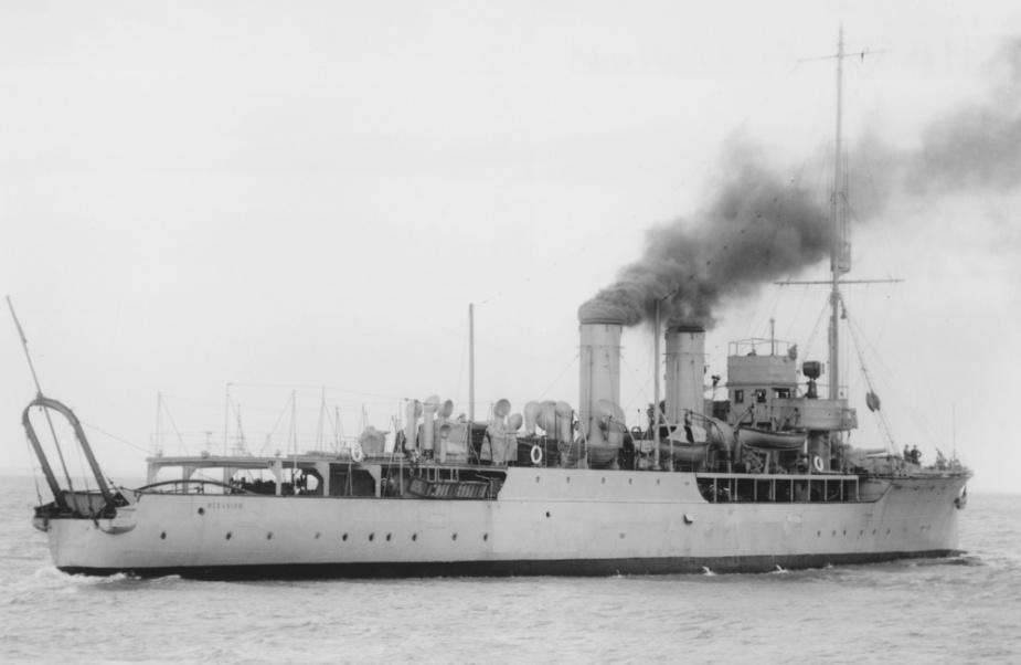 HMAS Geranium.