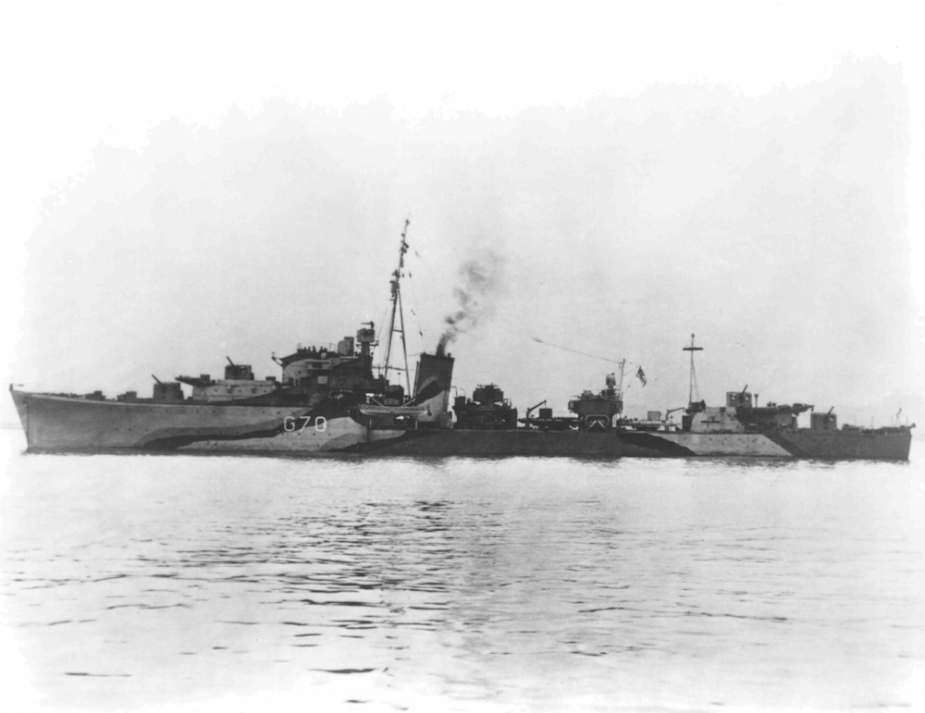 Queenborough in her wartime configuration as a destroyer. Note the disruptive pattern camouflage worn at that time.