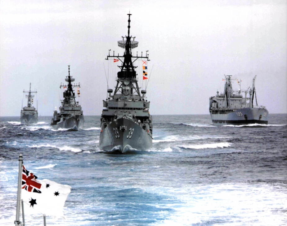 HMAS Hobart (II) entering Port Jackson, Sydney, in company with other RAN vessels.