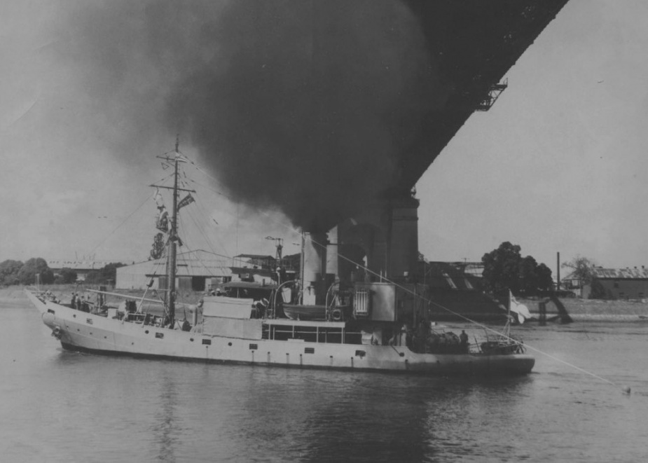 HMAS Kookaburra flying her decommissioning pennant.