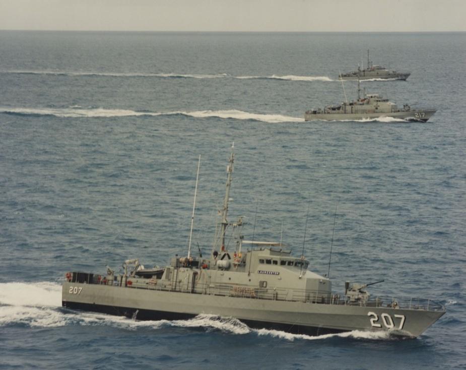 HMAS Cessnock (210), HMAS Bunbury (217) and HMAS Launceston (207) at sea.