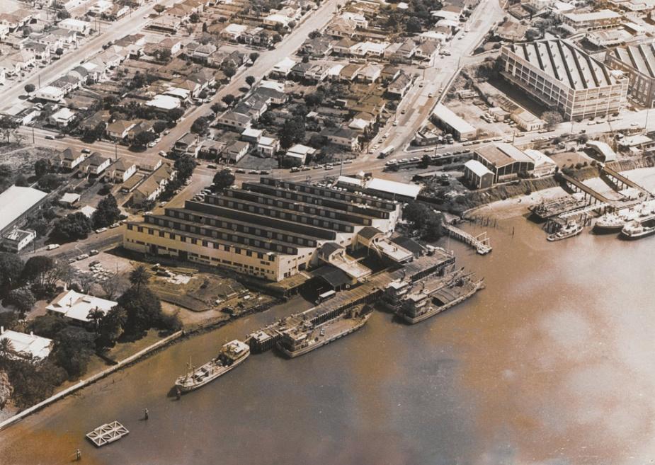 HMAS Moreton (circa 1977) was home to the Brisbane Port Division of the RANR.