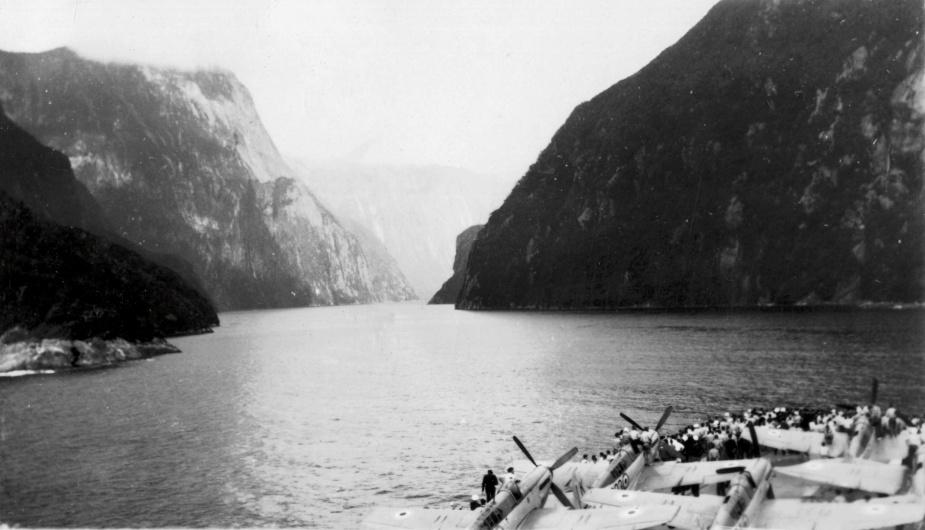 HMAS Sydney (III) negotiates Milford Sound, New Zealand.