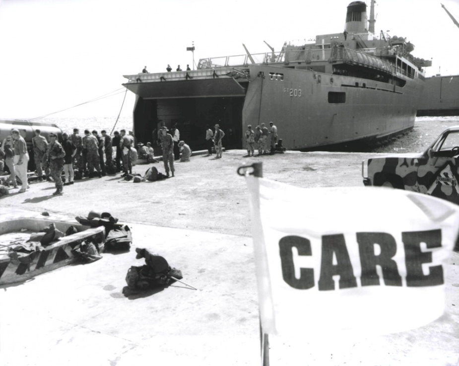 HMAS Jervis Bay arrives in Mogadishu on 14 January 1993 where she was met by representatives of CARE Australia, the United Nations and an Australian advance party.