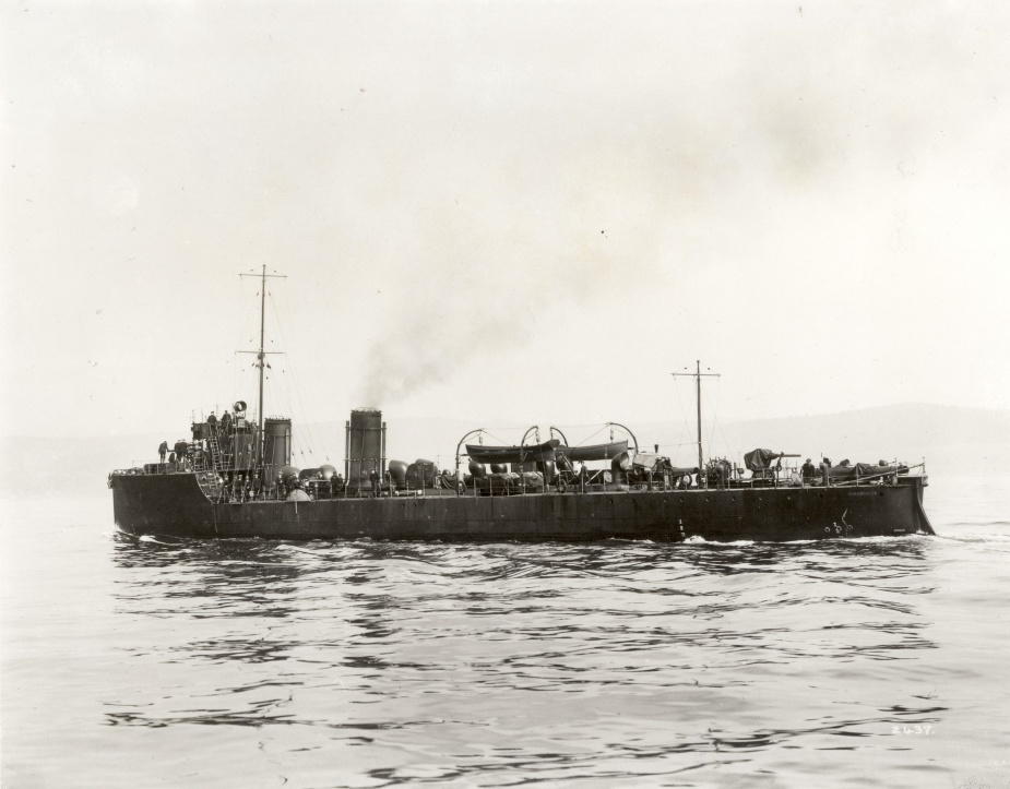 Parramatta wearing her early wartime paint scheme