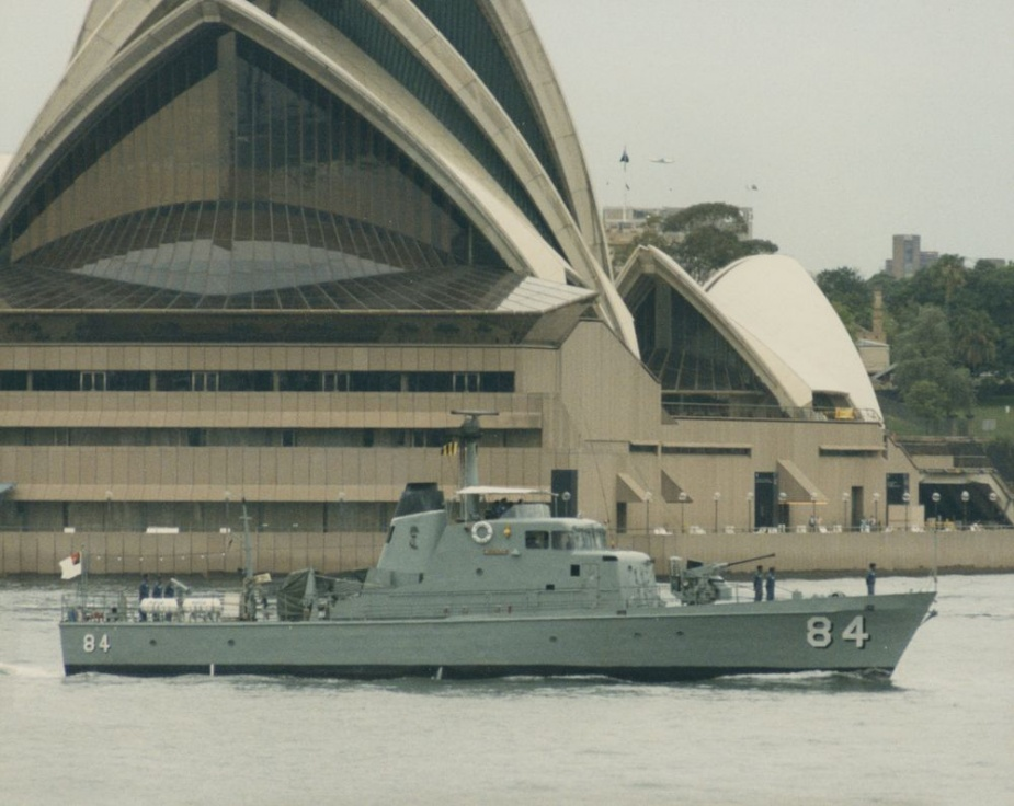 HMPNGS Aitape in Sydney Harbour for the 75th Anniversary of the RAN celebrations in 1986.