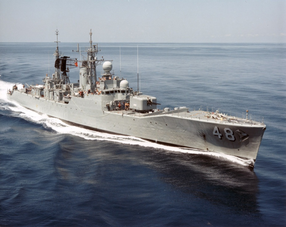 Stuart at sea following her mid-life refit that saw her LWO radar aerial removed from the foremast and situated on the aft superstructure