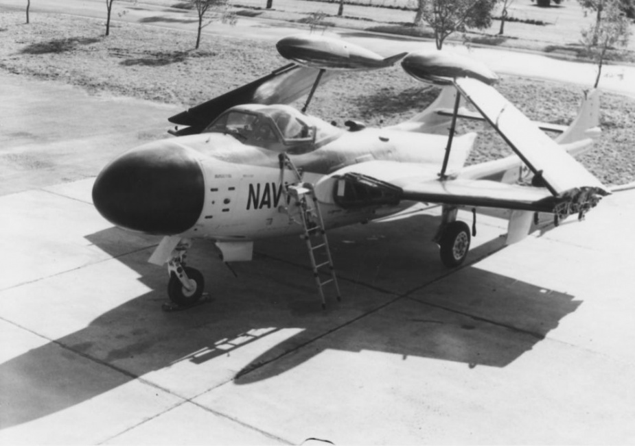A RAN Sea Venom with its wings folded on the ground at NAS Nowra.