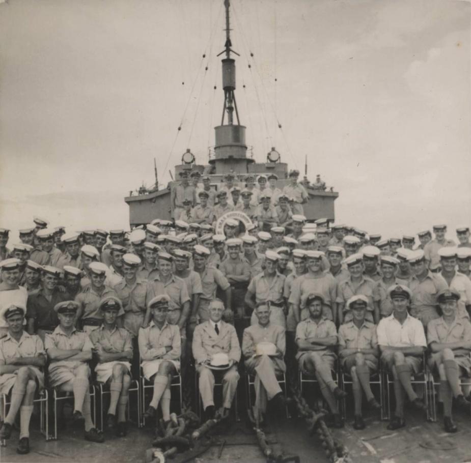 HMAS Hawkesbury's ships company