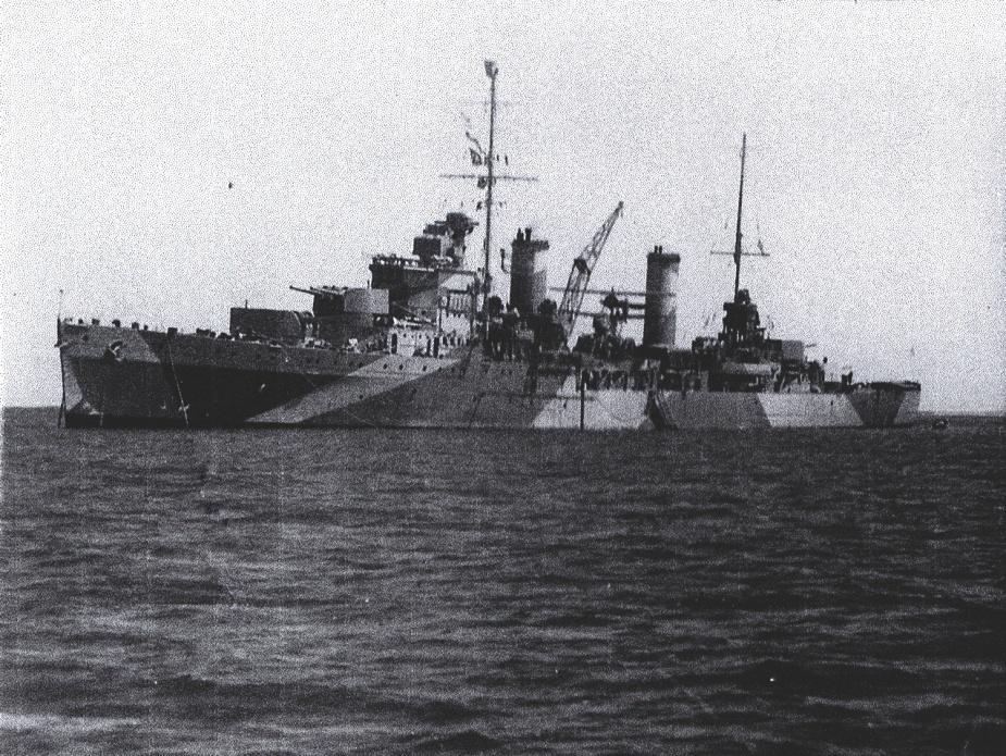 One of the last known photographs taken of HMAS Sydney (II), Geraldton, 1941.