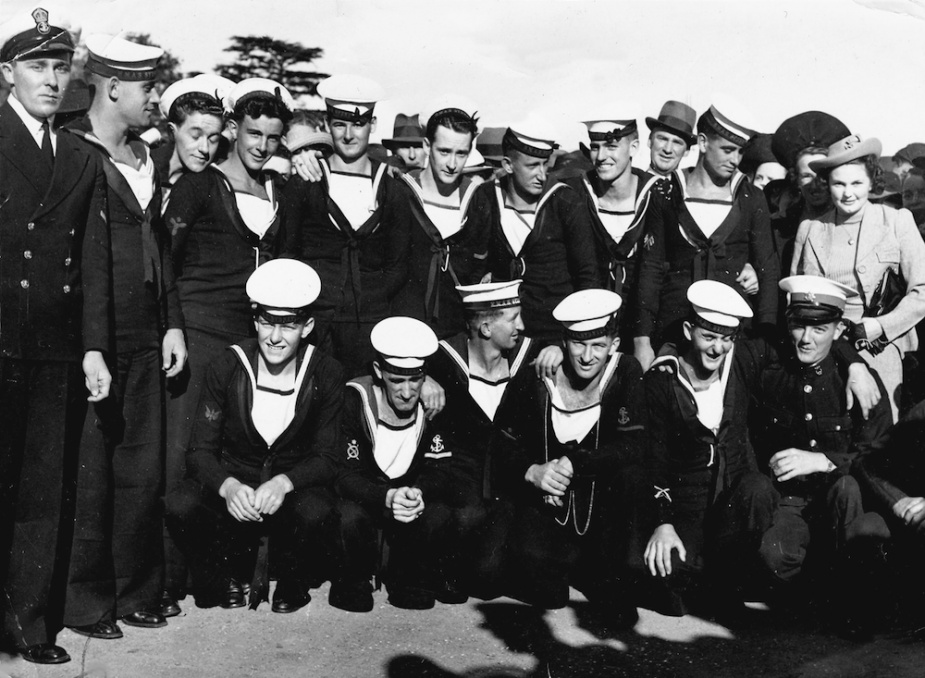 Men from all over Australia served in Sydney. This image captures some of those from Tasmania. Fourth from the left is Stoker Bill Lowenstein.