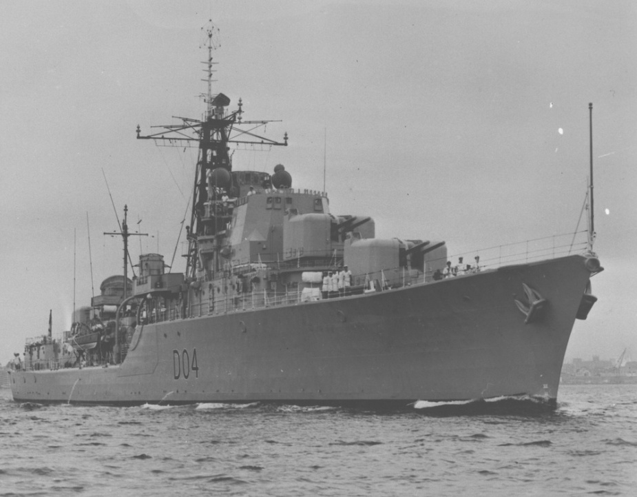 HMAS Voyager leaving Sydney Harbour for the last time on 6 February 1964