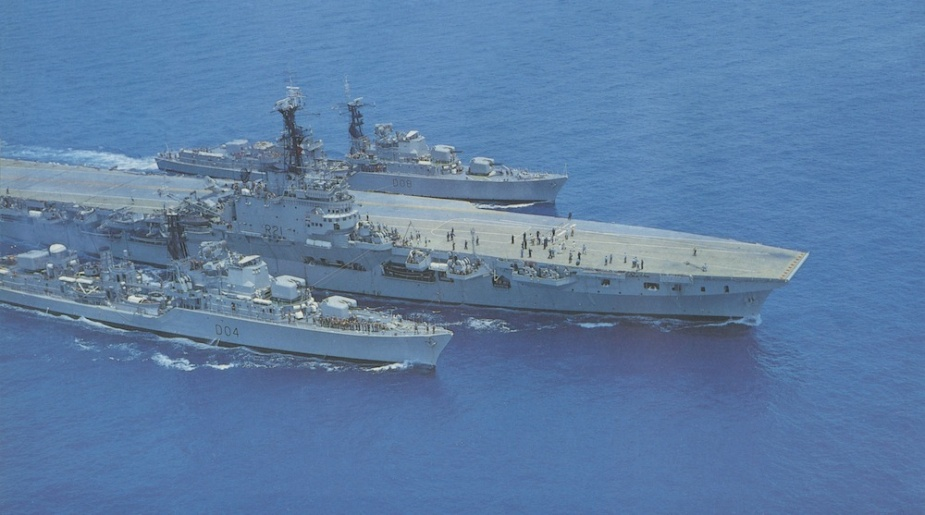 Voyager, Melbourne and Vendetta conducting jackstay transfers during a families day at sea in October 1959.