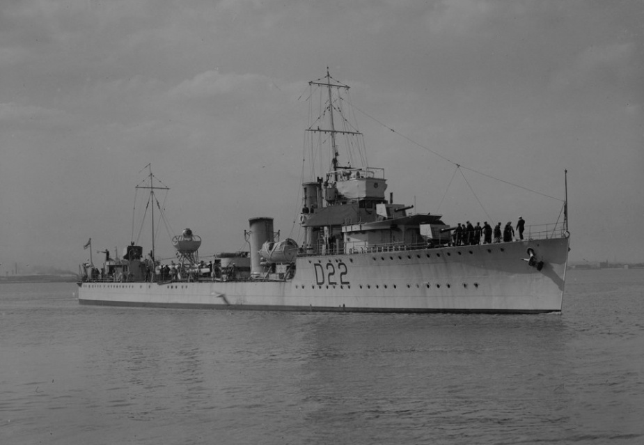 HMAS Waterhen (Allan C. Green, State Library of Victoria).