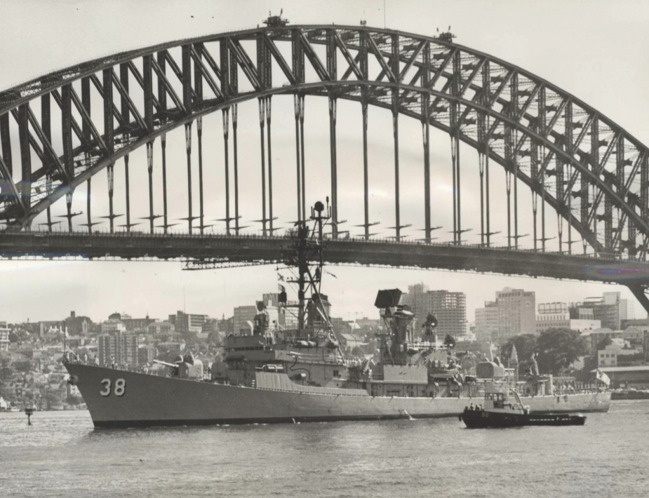 HMAS Perth entering Sydney Harbour following her deployment to Vietman, 1969