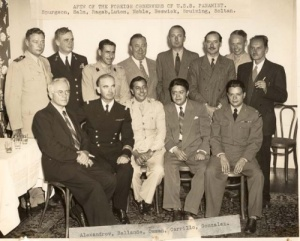 Commander Spurgeon with other foreign observers in USS Panamint.