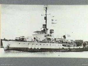 HMAS Cairns (Australian War Memorial Image).