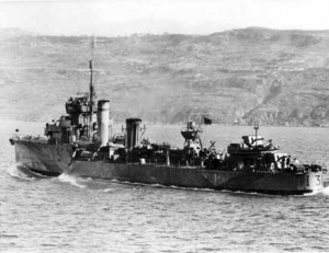 HMAS Voyager off Suda Bay, Crete during the evacuation of the island in May, 1941