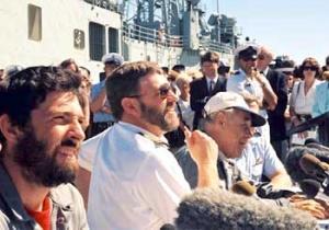 Dubois, Gates and Bullimore meet the press alongside HMAS Adelaide in Fremantle (RAN)