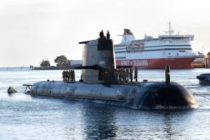 HMAS Sheean arrives in Devonport, Tasmania. Photographer: POIS Andrew Dakin.