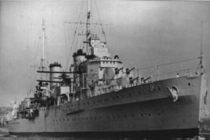 The men of HMAS Hobart (I) performed distinguished service in the evacuation of British Somaliland. (RAN)