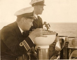 Lieutenant Commander Spurgeon with Lieutenant Commander Buchanan on the bridge of HMAS Australia