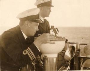 Lieutenant Commander Spurgeon with Lieutenant Commander Buchanan on the bridge of HMAS Australia