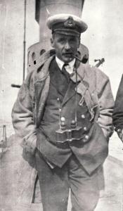 AE2's Commanding Officer Lieutenant Commander Lieutenant Commander Henry Hugh Gordon Dacre Stoker.