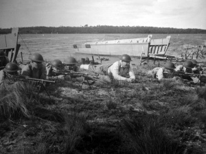 RAN Beach Commandos in training.