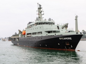 MV Sycamore sailing from HMAS Waterhen to assist in bushfire relief efforts.